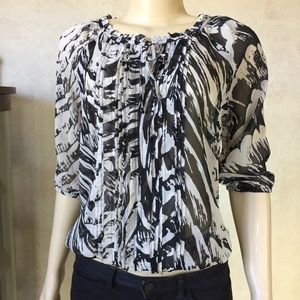 Express Black/ Cream Patterned Ruffle Top Small